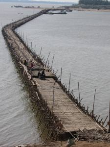 Bamboo Bridge in final stages of construction, 21 December 2013