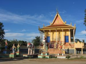 Wat on outskirts of Kampong Cham City