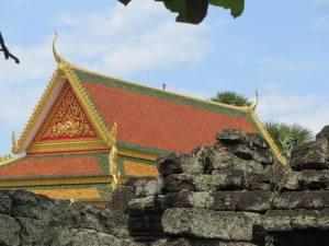 Golden roofed Wat, Kampong Cham